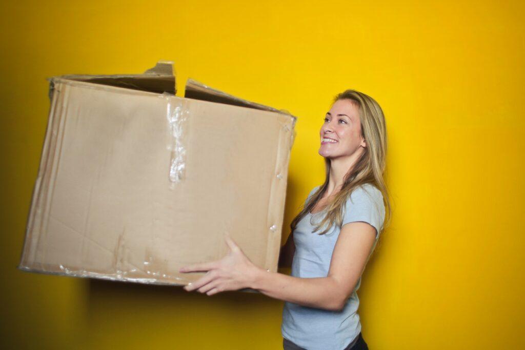 Lejer der flytter ind med flyttekasse