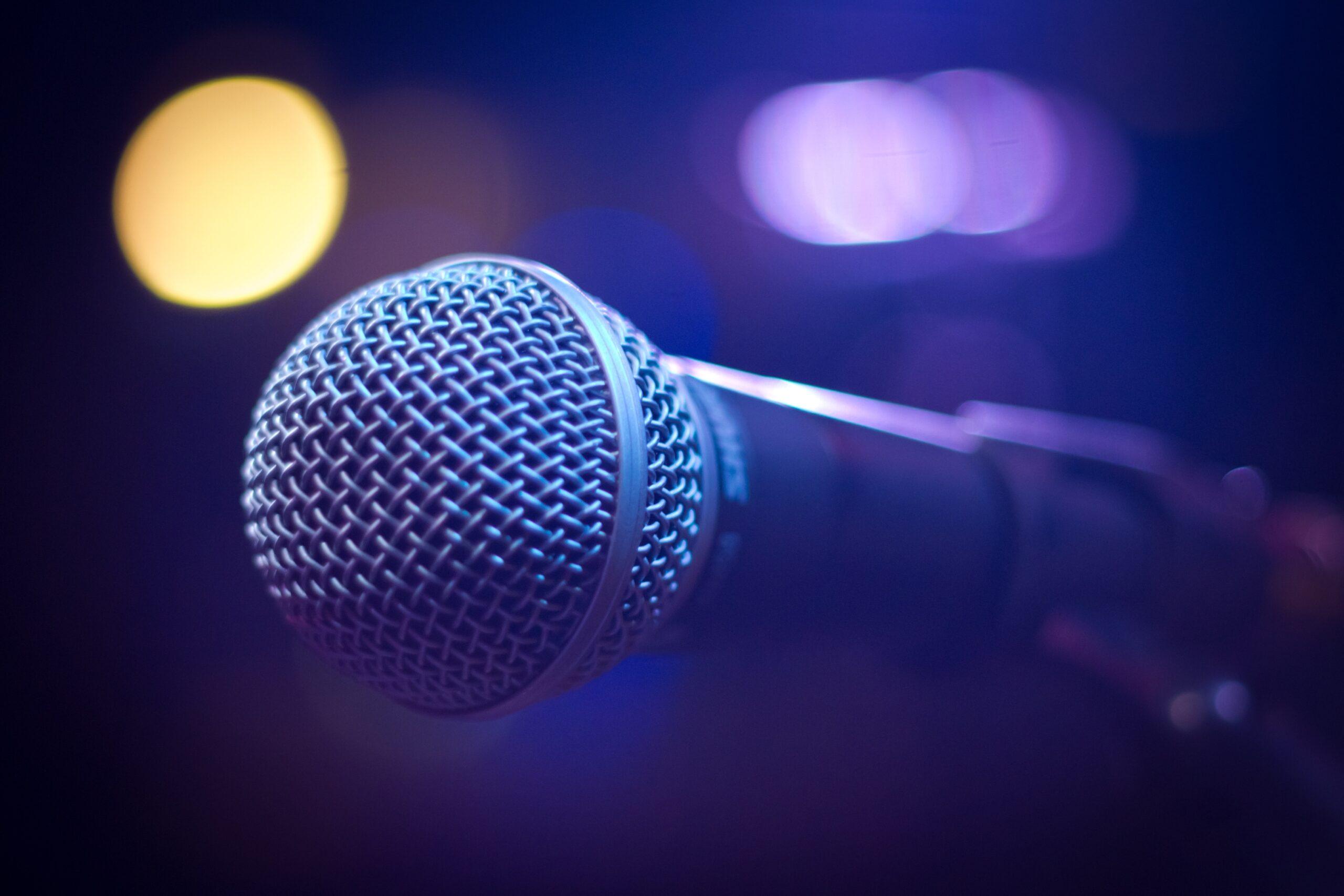 microfon-dictate-text